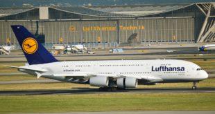 Airbus A380 am Flughafen Frankfurt