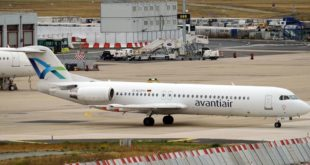 Flugzeug der Firma Avanti Air