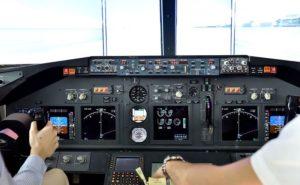 Steuer einer Boeing 737-8